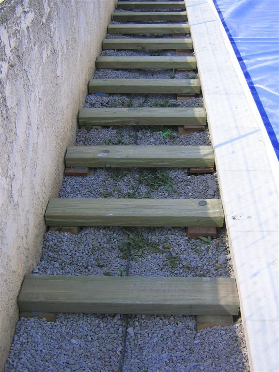 Tour de piscine en bois composite fiberon lancon de provence les terrasses du bois - Tour de piscine en bois ...