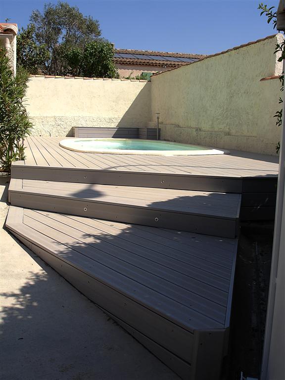 Tour de piscine en bois composite realis coudoux les terrasses du bois - Tour de piscine en bois ...