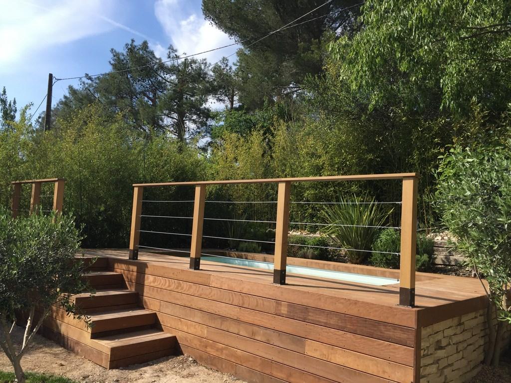 contour de piscine hors sol en bois exotique itauba  aix