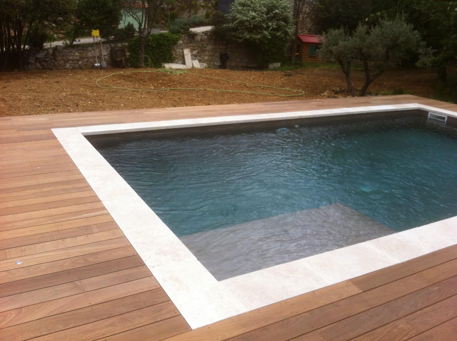Agencement d 39 un tour de piscine en bois exotique ipe les terrasses du bois - Tour de piscine en bois ...