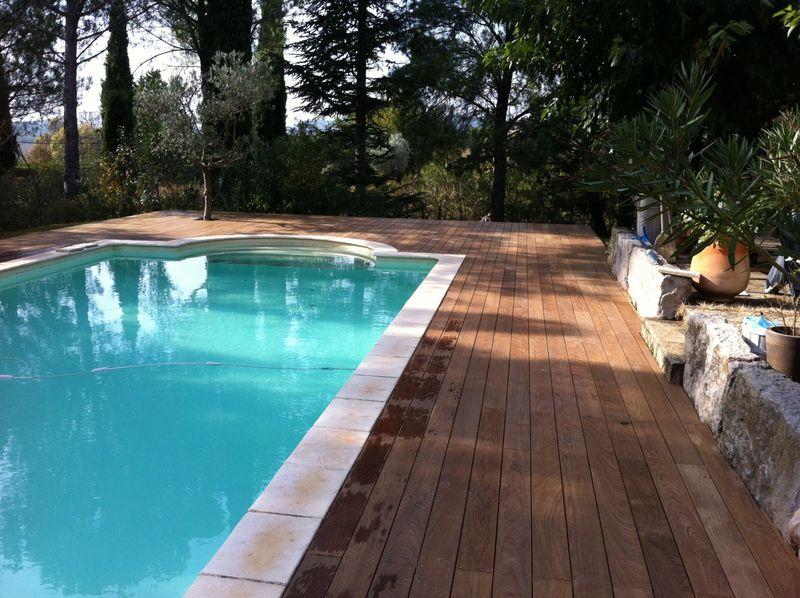 Tour de piscine en bois dans les bouches du rh ne les terrasses du bois - Tour de piscine en bois ...